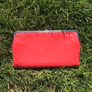 🍁 Coral Hobo Clutch Wallet